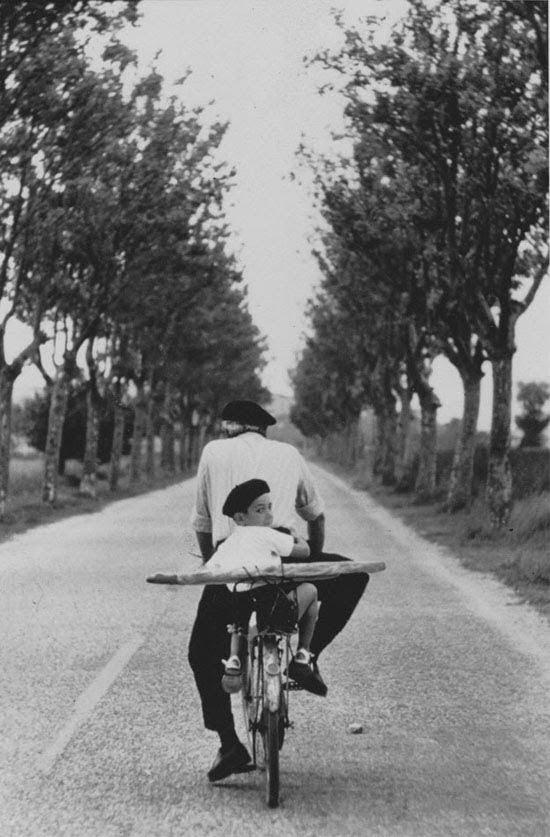 Elliott Erwitt – Provence, 1955